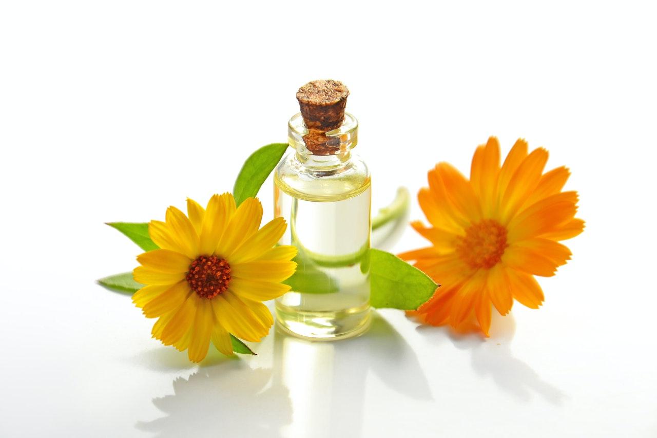 tree tea oil for natural remedies for keratosis pilaris